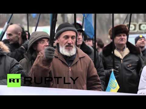 Ukraine: Protesters demand resignation of Yatsenyuk's government