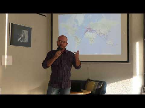 Jak Zamienić Pasję Podróżowania W Pracę | Mariusz Prusaczyk | TEDxSosnowiec