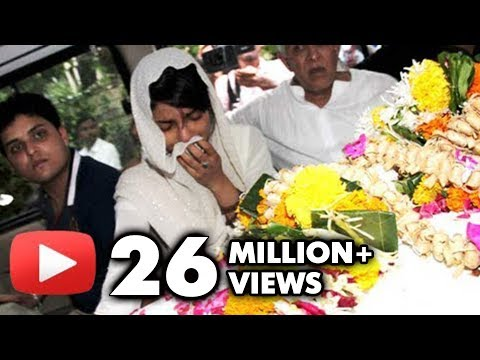 Priyanka Chopra's Dad Ashok Chopra's Funeral - Bollywood Stars Pay Con...
