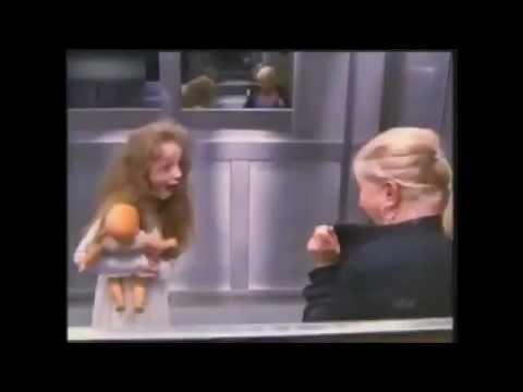 Video Menakutkan Hantu di Lift