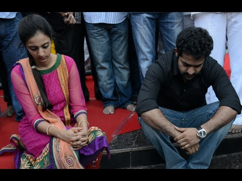 Ntr's Family Paying Tribute To The Legend - Ntr Jayanthi video