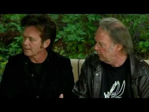 Neil Young - Introduction by John Mellencamp (Farm Aid 2014)