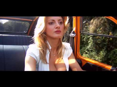 Big Boobs Rosy Maggiulli Sexy Citroen 2cv video