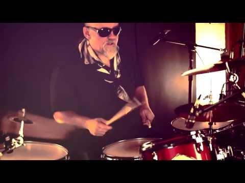 Мне б такого деда 2  Соло на барабанах в стиле винтаж. В. Челиканов