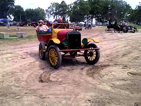 Wheelie Clown car at National Threshers Association Wauseon, OH