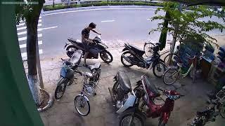 Điện Dương - Tai nạn giao thông xe máy qua đường không quan sát.