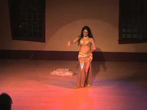 Mirah Ammal Raks Sharki (Belly Dance) at Patrick's Cabaret