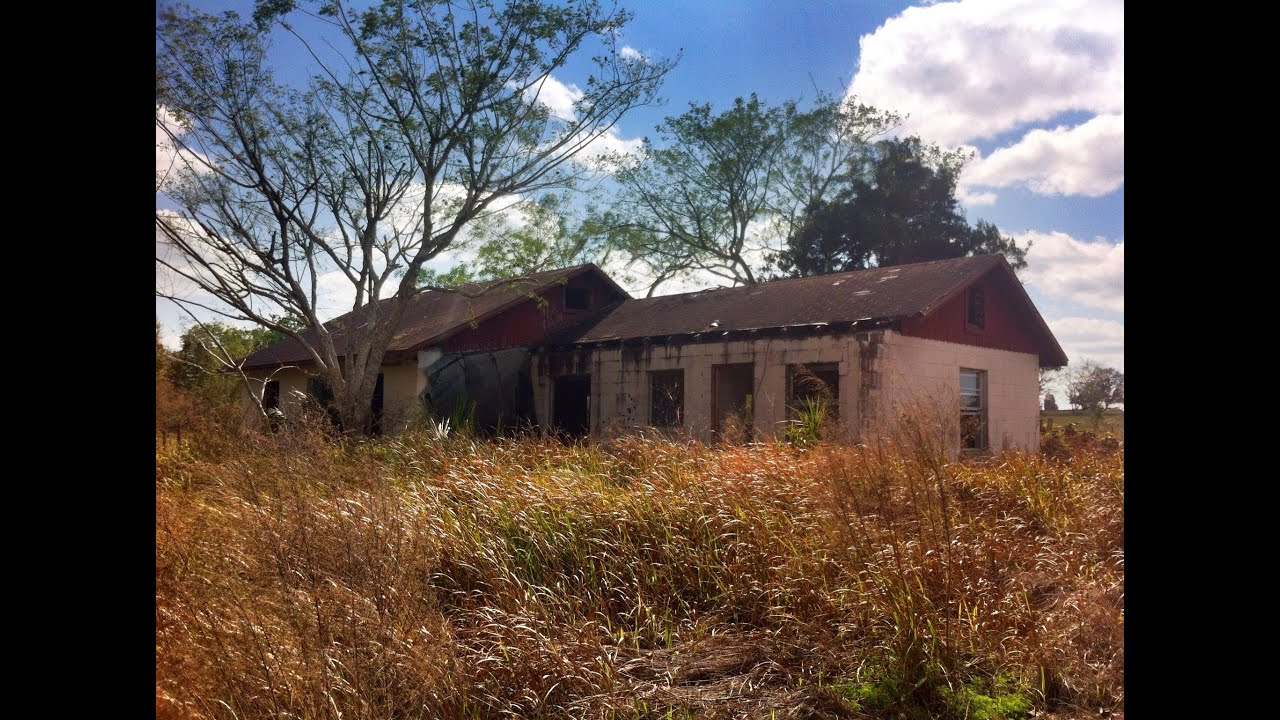 Urban Exploration Abandoned Farmhouse Kissimmee Florida