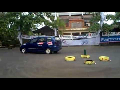 Xenia Turbo HIN Gymkhana Battle Bali.mp4