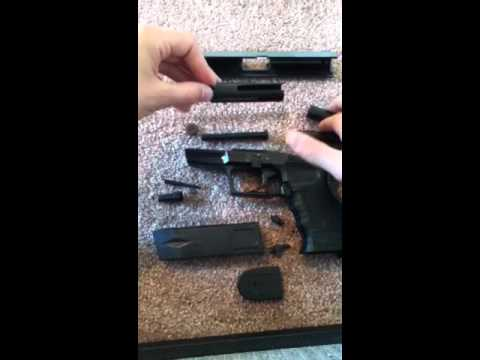 Disassembly Walther P99 Disarm a Walther P99 Airs