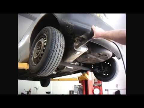 Exhaust leak testing using smoke