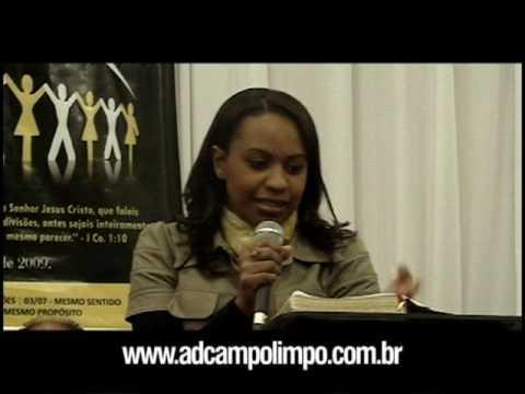 Miss. Isa Reis ministrando no 28º aniversário da AD Campo Limpo - 2009 (1/6)