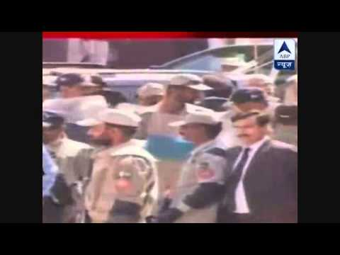 ex-pakistan president runs from the court room|caught in video| after his arrest orders
