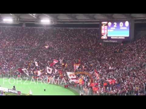 Roma-Verona, Destro abbraccia Garcia dopo il gol [HD]