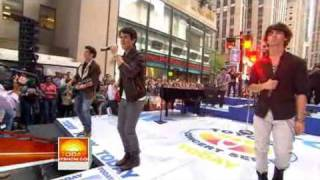 Today Show Jonas Brothers Perform Burnin Up