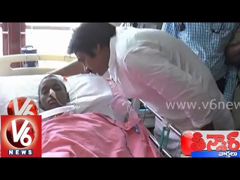 Pawan Kalyan Cries After Visiting Terminally Ill Child Sreeja - Teenmaar News video