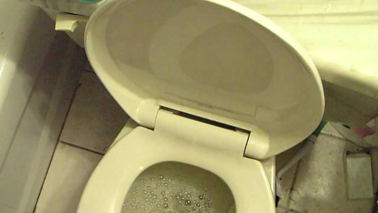 gotta go pee really bad - YouTube