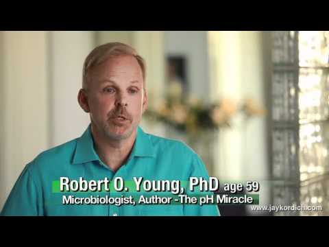Dr. Robert Young on the Importance of Juicing re: Jay Kordich