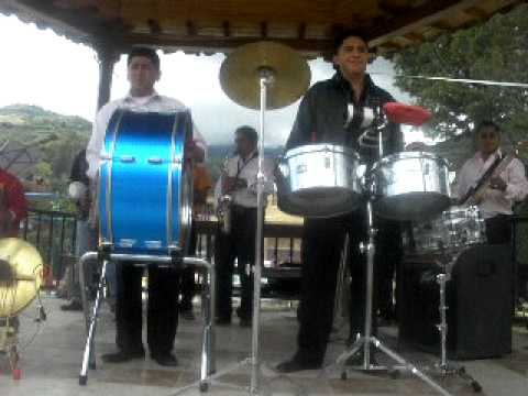 BANDA DE MUSICA LOS LATINOS DE LA CIUDAD DE LOJA