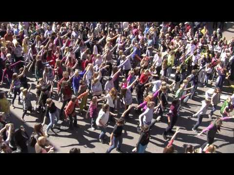 Greenbrier Episcopal School and Trillium Performing Arts Flash Mob - 10/13/2012