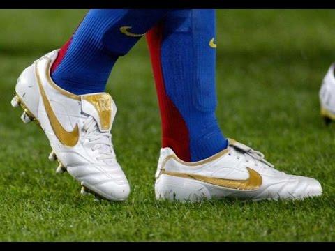 Ronaldinho ● Magic Passes