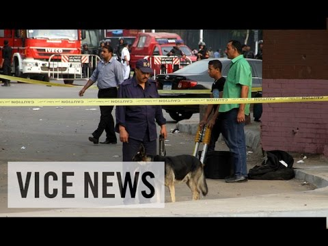 VICE News Daily: Beyond The Headlines - October 23, 2014