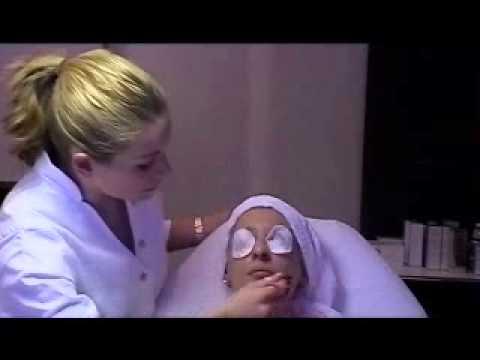 Fruchtsäurepeeling Für Feine Poren Anti Age video