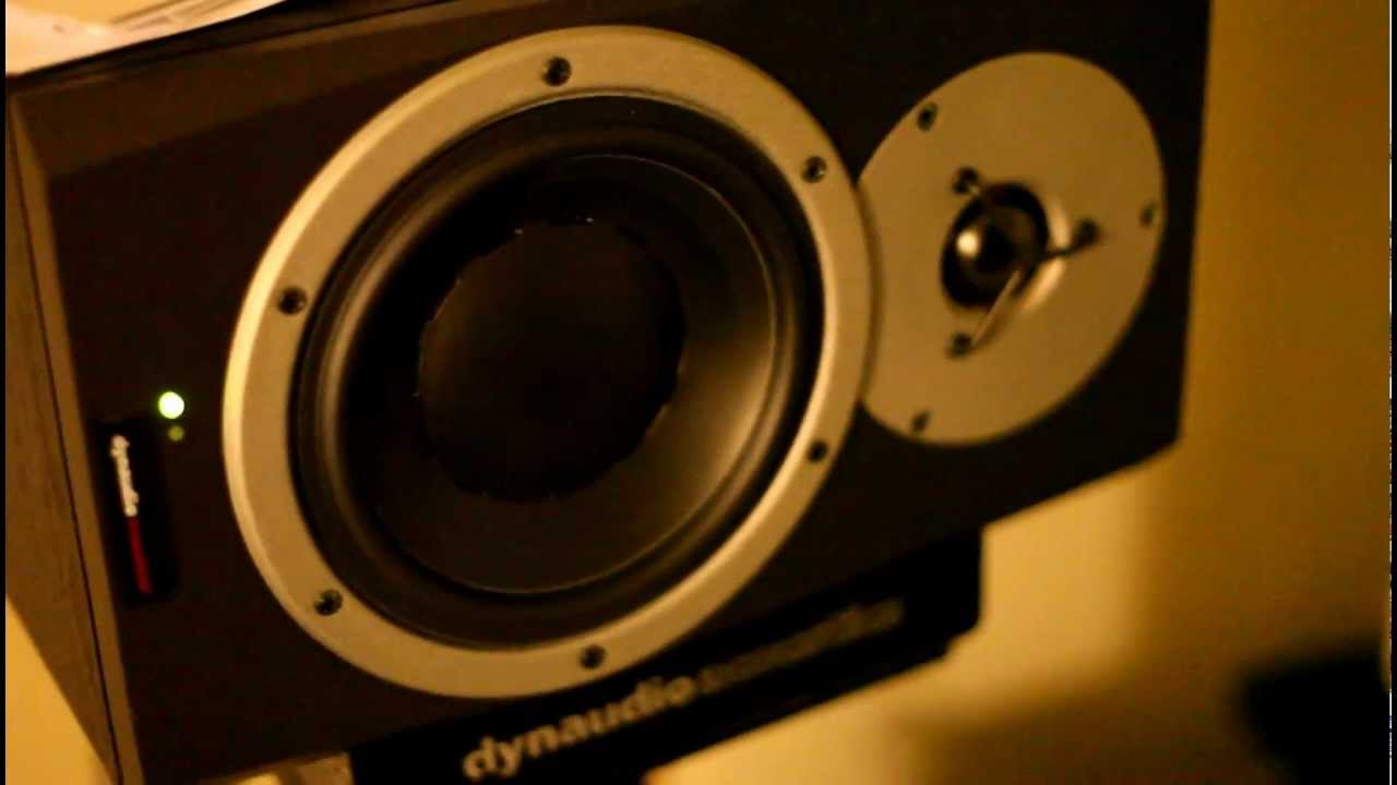 Dynaudio Bm5a Studio Monitors Dynaudio Bm5a Monitors Playing
