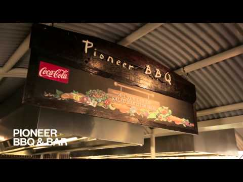 Outback Pioneer Hotel Rooms, Facilities, Restaurants and Bar