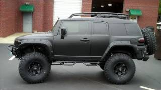 Murdered Out FJ on 39.5s