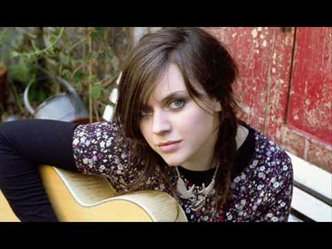 Amy Macdonald-this Is Life Lyrics video