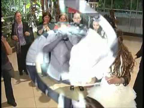 חיים ישראל בחתונה - בכפיים