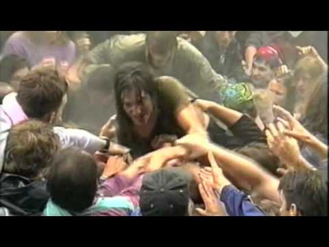 Thumbnail of video BIGGEST STAGE DIVE EVER :: Pearl Jam - Porch :: Eddie Vedder :: 1992 PinkPop Holland