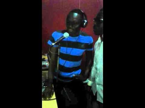 DK BOXE MIX SHOW en live sur radio TOP FM 107.0 DAKAR SENEGAL
