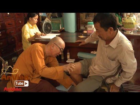 Dưới Bóng Bồ Đề: Bệnh viện trong sân chùa