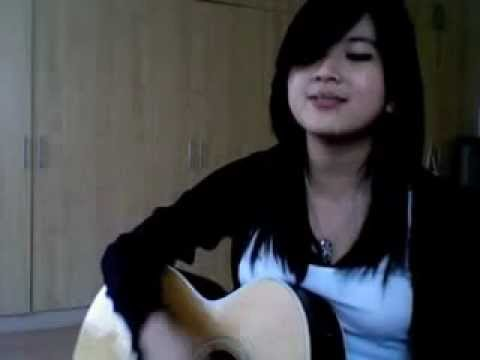 Guitar Girl (carmina Topacio) video