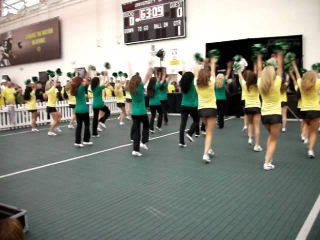 Oregon Dance Team (with Alumni)