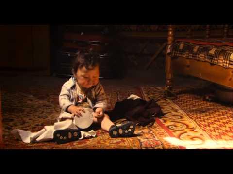 babies 2010 documental 4 bebes en dif partes del mundo