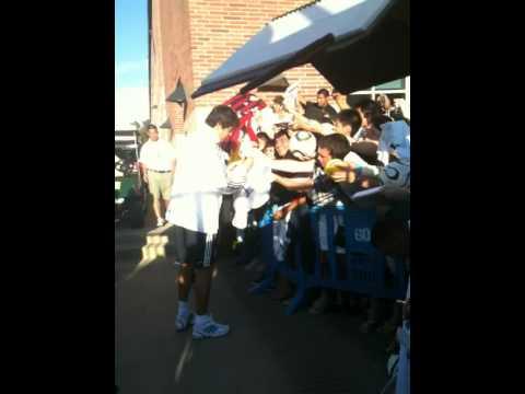 Kaka signing after practice at UCLA