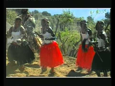 Mus' Ukululaza Idlozi video