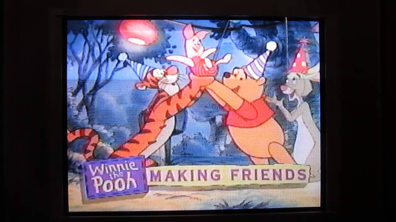 Pooh Vhs 1997 Goes to a Party 1997 Vhs