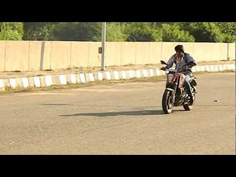 ktm duke 200 stunts