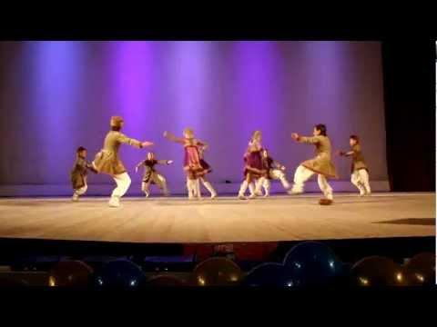 Видео клип ансамбля танца «Россияне» — Танец «Коляда» / 2012