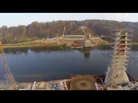 Dviračių ir pėsčiųjų tiltas Alytuje: statybos fragmentai. 2014 m. lapkritis.
