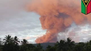 Volcano eruption: Mass evacuation after Vanuatu volcano erupts, spews out lava bombs - TomoNews