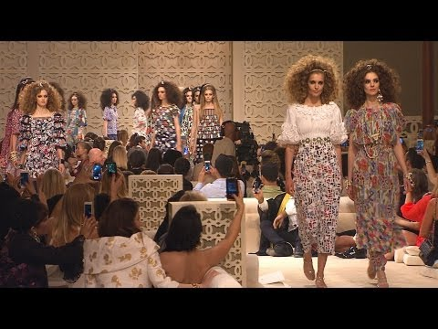 Cruise 2014/15 CHANEL Show