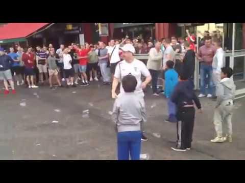 Английские болельщики издеваются над детьми-беженцами в Лилле
