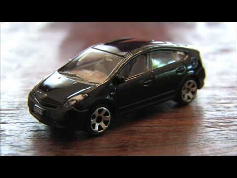 CGR Garage - 2008 TOYOTA PRIUS Matchbox Car review