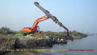 Excavator with Telescopic Arm attachment..