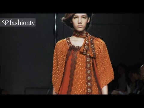 Yuma Koshino Fall 2012 Show ft Malu Bortolini | MB Fashion Week Tokyo | FashionTV